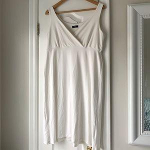 Miik sleeveless cross-front dress -size L